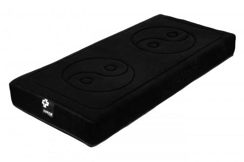 Luxusní matrace Curem C4000 v exkluzivním černém potahu.